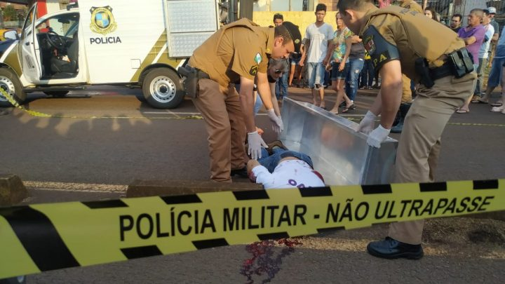 HOMEM É ASSASSINADO A TIROS NA PERIMETRAL E JOVEM É BALEADA DE RASPÃO EM CAMPO MOURÃO