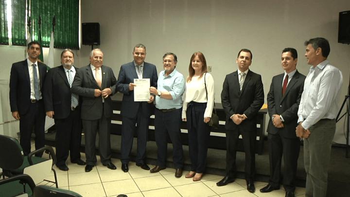 PRESIDENTE DO TRIBUNAL DE JUSTIÇA DO PARANÁ RECEBE PEDIDO DE VARA DE EXECUÇÃO PENAL PRA CAMPO MOURÃO