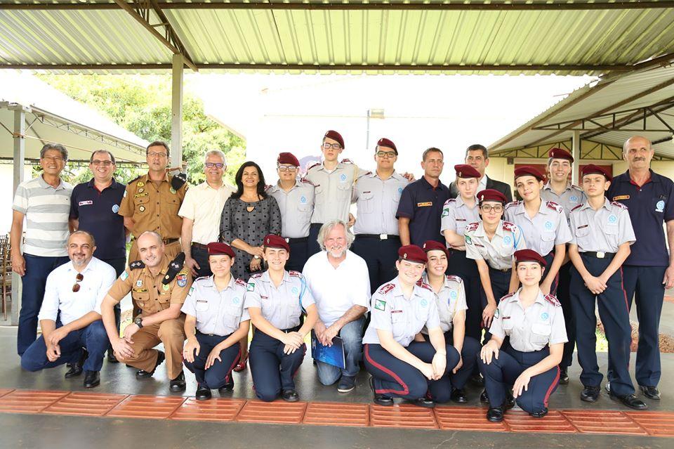 Estão abertas as inscrições para matriculas do colégio da Vila Militar em C.Mourão