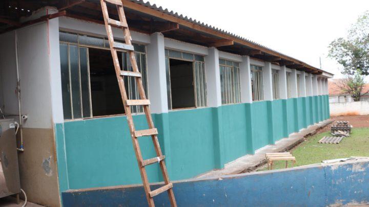 Município de Campo Mourão realizou reformas em 7 unidades e manutenção de 31 escolas este ano