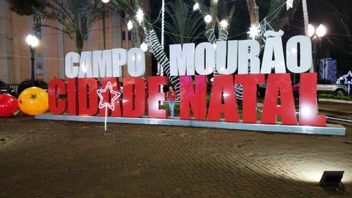 Mostra Cultural, Papai Noel, neve artificial e atrações na praça até o dia 23