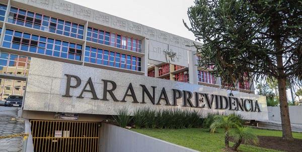 Deputados aprovam projetos da previdência dos servidores do Estado e APP questiona a justiça