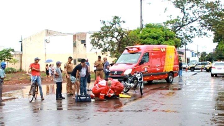 Acidente na Avenida Ney Braga deixou motociclista gravemente ferido