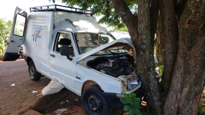 Dois acidentes de trânsitos envolvendo motoristas embriagados em Campo Mourão
