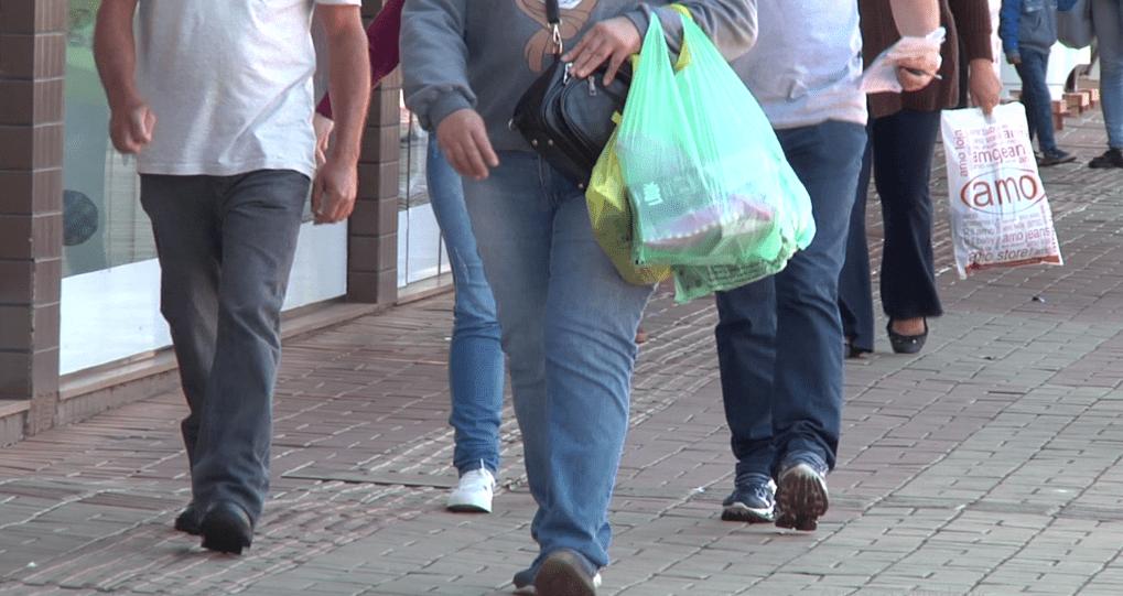 Horário especial contribuiu para aumento nas vendas do dia dos pais em Campo Mourão