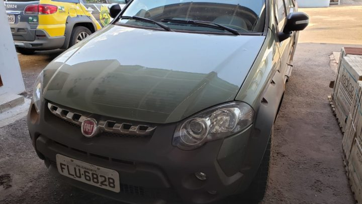 Dois veículos roubados são recuperados pela Polícia Civil no distrito de São Lourenço