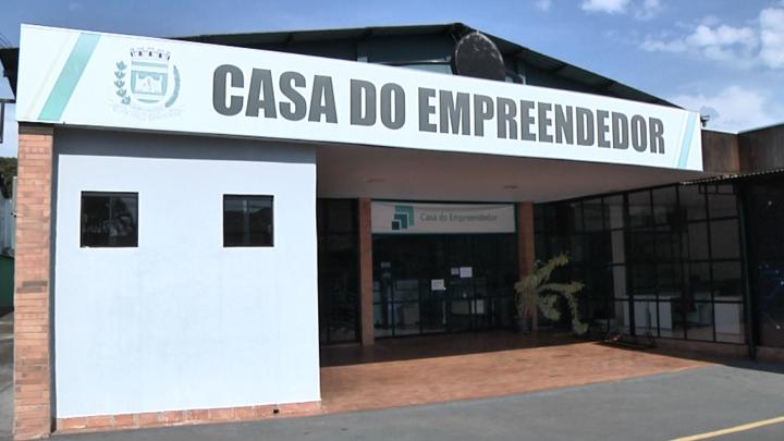 Casa do empreendedor tem atendimento automático pelo whatsapp (44)98405-0663