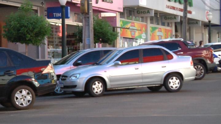 Estacionamento rotativo deve ser implantado nos próximos dias