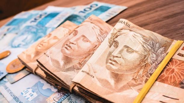Governo do Paraná regulamenta auxílio emergencial a microempresas e mei's