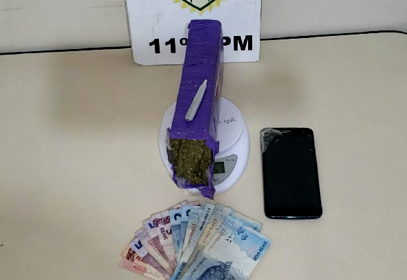 Rotam prende rapaz com drogas em Campo Mourão