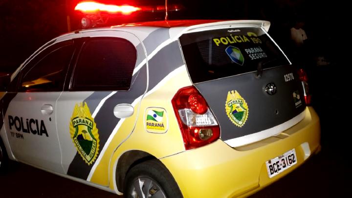 Em Campo mourão: Polícia Militar prende homem andando na rua com televisão furtada