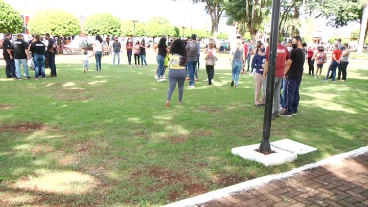 Onda de furtos faz moradores e empresários protestarem em Peabiru